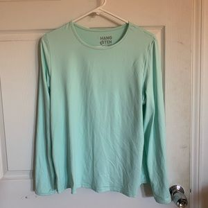 Mint green working out shirt